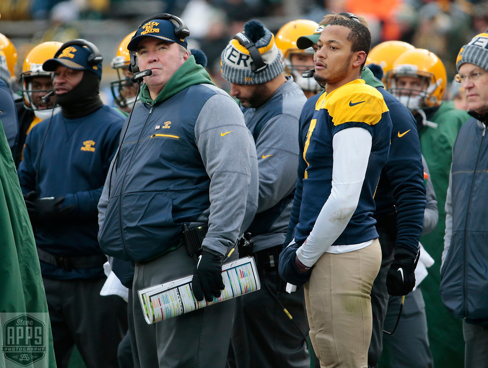 Green Bay Packers coach Mike McCarthy and Green Bay Packers quarterback Brett Hundley (7) after Hundley threw an 4th quarter interception. <br /> The Green Bay Packers hosted the Baltimore Ravens at Lambeau Field Sunday, Nov. 19, 2017. The Packers lost 23-0. STEVE APPS FOR THE STATE JOURNAL.