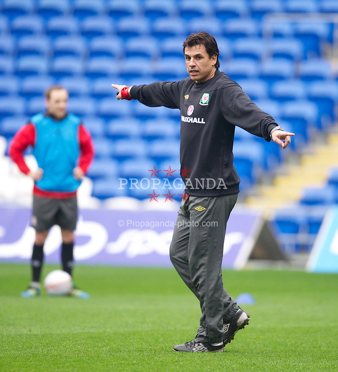 CARDIFF, WALES - Monday, February 27, 2012: Wales' manager Chris Coleman during a training session at the Cardiff City Stadium ahead of the friendly match against Costa Rica. (Pic by David Rawcliffe/Propaganda)