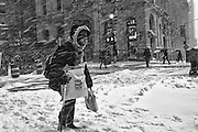 An intimate reportage series of New Yorkers battling harsh snow blizzards An intimate reportage series of New Yorkers battling harsh snow blizzards An intimate reportage series of New Yorkers battling harsh snow blizzards