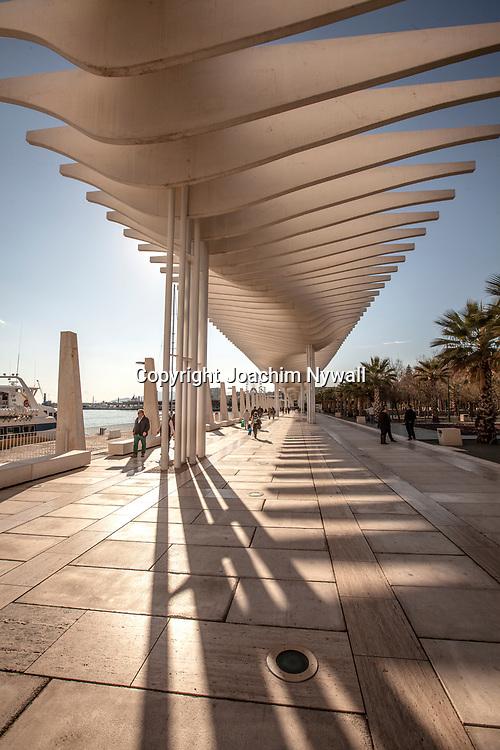 2016 02 17 Malaga Andalusien Spanien<br /> Strandpromenaden i Malaga nere vid hamnen<br /> <br /> <br /> ----<br /> FOTO : JOACHIM NYWALL KOD 0708840825_1<br /> COPYRIGHT JOACHIM NYWALL<br /> <br /> ***BETALBILD***<br /> Redovisas till <br /> NYWALL MEDIA AB<br /> Strandgatan 30<br /> 461 31 Trollh&auml;ttan<br /> Prislista enl BLF , om inget annat avtalas.