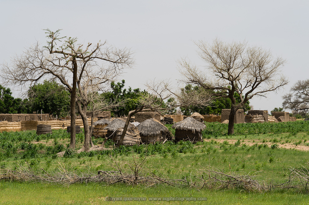 A view of grain stores and the village of Tammé-Tammé in the Zinder Region of Niger on 25 July 2013.