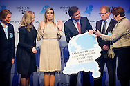 UTRECHT Queen Maxima of The Netherlands attend the meeting of WOMEN Inc. at DeFabrique in Utrecht, The Netherlands, 6 March 2015. During the meeting, women, men, employers and policymakers talked about a new division of care and work in the future. COPYRIGHT ROBIN UTRECHT 6-3-2015 UTRECHT - Koningin Maxima is vrijdagmiddag 6 maart aanwezig bij een bijeenkomst van WOMEN Inc. in DeFabrique in Utrecht. COPYRIGHT ROBIN UTRECHT