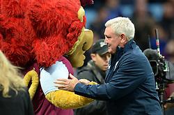 Aston Villa manager Steve Bruce meets the Aston Villa mascot - Mandatory by-line: Dougie Allward/JMP - 15/10/2016 - FOOTBALL - Villa Park - Birmingham, England - Aston Villa v Wolverhampton Wanderers - Sky Bet Championship