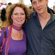 NLD/Amsterdam/20080724 - Modeshow Percy Irausquin tijdens de AIFW 2008, Marceline Geelen en partner