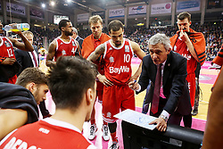 28.03.2016, Telekom Dome, Bonn, GER, Beko Basketball BL, Telekom Baskets Bonn vs FC Bayern Muenchen, 23. Runde, im Bild vl. Svetislav Pesic (Muenchen, Trainer, Coach, Headcoach) waehrend einem Timeout // during the Beko Basketball Bundes league 23th round match between Telekom Baskets Bonn and FC Bayern Munich at the Telekom Dome in Bonn, Germany on 2016/03/28. EXPA Pictures © 2016, PhotoCredit: EXPA/ Eibner-Pressefoto/ Fleig<br /> <br /> *****ATTENTION - OUT of GER*****