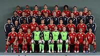 BILDET INNGÅR IKKE I FASTAVTALENE PÅ NETT MEN MÅ KJØPES SEPARAT<br /> <br /> Fotball<br /> Tyskland<br /> Foto: imago/Digitalsport<br /> NORWAY ONLY<br /> <br /> 30.07.2012 <br /> Lagbilde FC Bayern München (Obere Reihe v. li.) Luiz Gustavo, Jerome Boateng, Mario Mandzukic, Daniel van Buyten, Mario Gomez, Dante, Thomas Müller, Bastian Schweinsteiger (3. Reihe v. li.) Marcelo Martins, Andreas Kronmayer, Fitnesstrainer Thomas Wilhelmi, Toni Tapalovic, Assistenzcoach Peter Hermann, Trainer Jupp Heynckes, Co Trainer Hermann Gerland, Gianni Bianchi, Florian Goettl, Stephan Weickert (2. Reihe v. li.) Gerry Hoffmann, Fredi Binder, David Alaba, Holger Badstuber, Anatoliy Tymoshchuk , Anatoli Timoschtschuk, Toni Kroos, Arjen Robben, Emre Can, Claudio Pizarro, Michael Niemayer (Vordere Reihe v. li.) Diego Contento, Rafinha, Xherdan Shaqiri, Maximilian Riedmueller, Torwart Tom Starke, Torwart Manuel Neuer, Lukas Raeder, Mitchell Weiser, Franck Ribery, Philipp Lahm