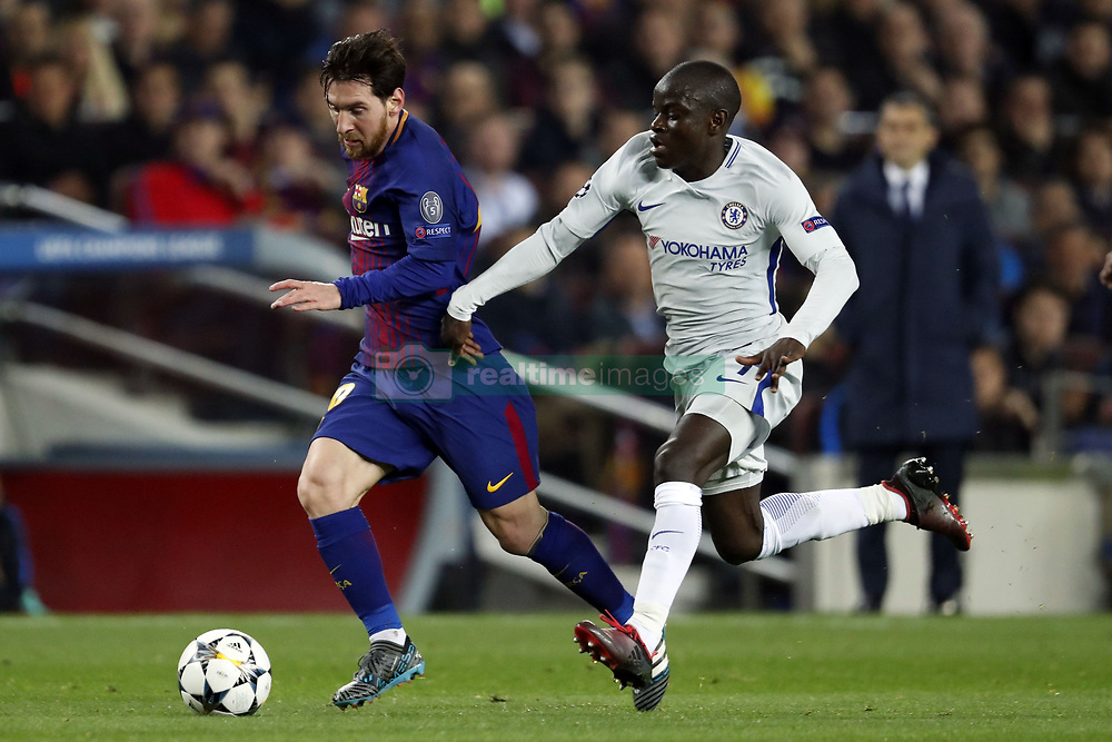 (l-r) Lionel Messi of FC Barcelona, N'Golo Kante of Chelsea FC during the UEFA Champions League round of 16 match between FC Barcelona and Chelsea FC at the Camp Nou stadium on March 14, 2018 in Barcelona, Spain.