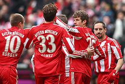 12.02.2011, Allianz Arena, Muenchen, GER, 1.FBL, FC Bayern Muenchen vs TSG 1899 Hoffenheim, im Bild  Jubel nach dem 2-1 durch Thomas Mueller (Bayern #25) mit Arjen Robben (Bayern #10) Mario Gomez (Bayern #33) Franck Ribery (Bayern #7) , EXPA Pictures © 2011, PhotoCredit: EXPA/ nph/  Straubmeier       ****** out of GER / SWE / CRO  / BEL ******