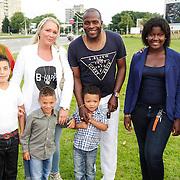 NLD/Amsterdam/20120813 - Premiere Sensations van Circus Herman Renz, Stanley Menzo, partner Sunniva, zoon, broer Marcel en moeder