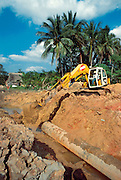 MEXICO, INDUSTRY, PETROLEUM Constructing oil pipeline near Villahermosa in Tabasco State