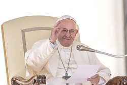 October 10, 2018 - Vatican City, Vatican - Pope Francis delivers his message on the occasion of his weekly general audience in St.Peter's Square, at the Vatican, Wednesday, Oct. 10, 2018. (Credit Image: © Massimo Valicchia/NurPhoto via ZUMA Press)