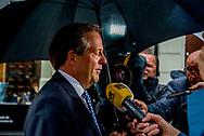 DEN HAAG - Alexander Pechtold (D66) komt aan bij het Johan de Witthuis voor de formatiegesprekken met informateur Gerrit Zalm en de onderhandelaars van VVD, CDA en D66.  copyrught robin utrecht