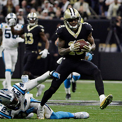 Jan 7, 2018; New Orleans, LA, USA; New Orleans Saints wide receiver Ted Ginn (19) catches a pass for touchdown against Carolina Panthers cornerback James Bradberry (24) during the first quarter in the NFC Wild Card playoff football game at Mercedes-Benz Superdome. Mandatory Credit: Derick E. Hingle-USA TODAY Sports