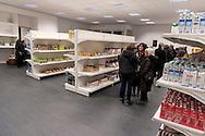 Roma 6 Marzo 2017: Inaugurato l'Emporio della Solidarietà di Montesacro, nella parrocchia di San Ponziano, il quarto a Roma promosso dalla Caritas diocesana, un supermercato per famiglie in difficoltà. L'Emporio, una sorta di supermercato di medie dimensioni con casse automatizzate, carrelli, scaffali e insegne, nasce dall'impegno che le comunità parrocchiali svolgono a sostegno delle famiglie in difficoltà, che nella nuova struttura potranno ritirare gratuitamente dei beni di prima necessità.