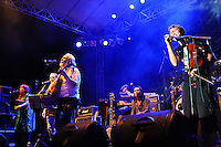 The Soul Doctors performing at a fundraising concert for Yayasan Bumi Sehat, Kuta, Bali, Indonesia, 31/1/2012.