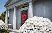 burial crypt of Tom Benson in Lake Lawn Metairie Cemetery