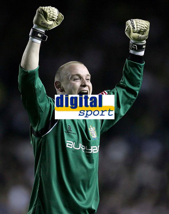 Photo: Paul Thomas/Sportsbeat Images.<br /> Leeds United v Bury FC. Johnstone's Paint Trophy. 13/11/2007.<br /> <br /> Bury keeper Robert Provett celebrates the final whistle.