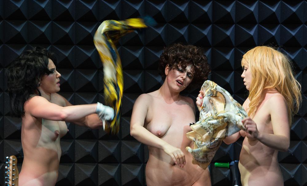 Ann Liv Young - Elektra Cabaret