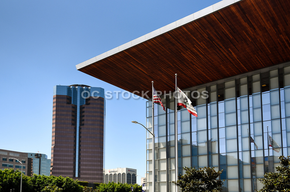 Governor George Deukmejian Courthouse With WTC In Background