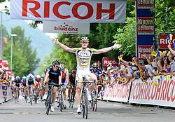 04.07.2010, AUT, 62. Österreich Rundfahrt, 1. Etappe, Dornbirn-Bludenz, im Bild Sieger Andre Greipel (GER, Team HTC Columbia), EXPA Pictures © 2010, PhotoCredit: EXPA/ S. Zangrando / SPORTIDA PHOTO AGENCY