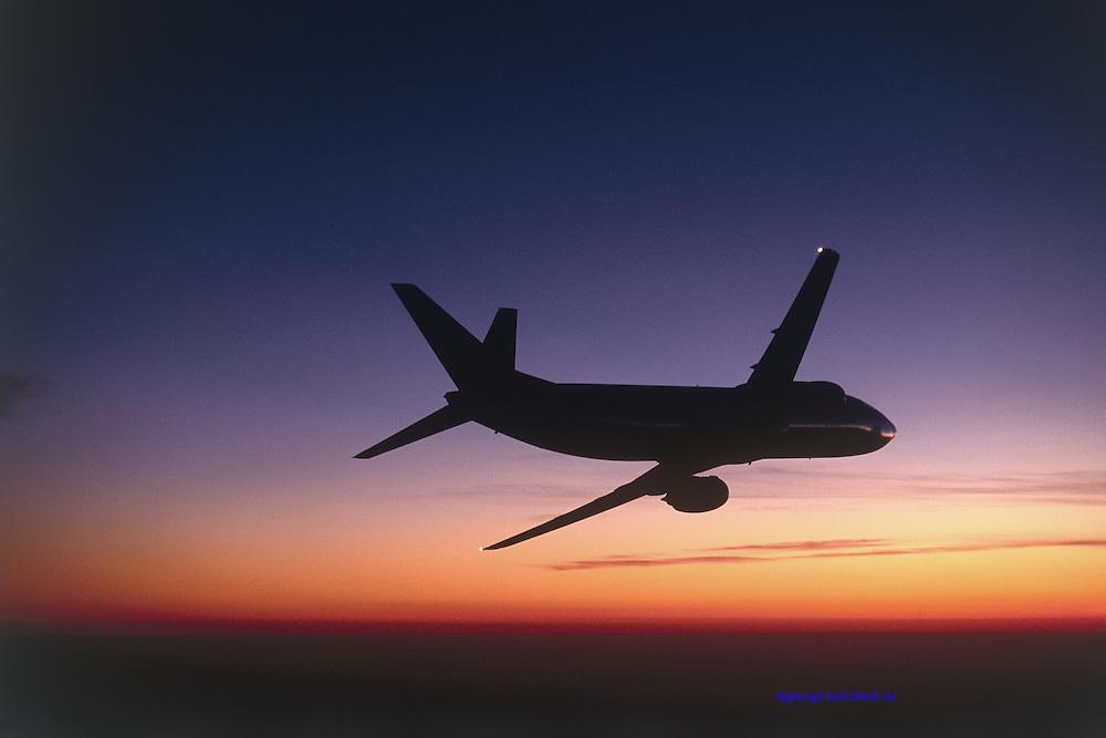 Boeing 737 Sunset