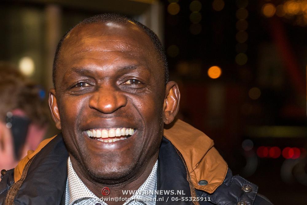 NLD/Rotterdam/20190221 - inloop verjaardagsfeestj Willem van Hanegem, Mike Obiku