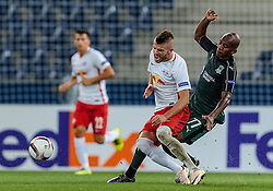 15.09.2016, Red Bull Arena, Salzburg, AUT, UEFA EL, FC Red Bull Salzburg vs FC Krasnodar, Gruppe I, 1. Runde, im Bild Valon Berisha (FC Red Bull Salzburg), Charles Kabore (FC Krasnodar) //during the UEFA Europa League, group I, 1st round match between FC Red Bull Salzburg and FC Krasnodar at the Red Bull Arena in Salzburg, Austria on 2016/09/15. EXPA Pictures © 2016, PhotoCredit: EXPA/ JFK