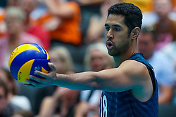 09-08-2019 NED: FIVB Tokyo Volleyball Qualification 2019 / Belgium 0 USA, Rotterdam<br /> First match pool B in hall Ahoy between Belgium vs. USA (1-3) for one Olympic ticket / Garrett Muagututia #18 of USA
