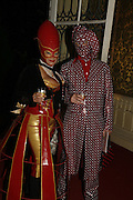 Robin and Mick from the House of Harlots, The Moet and Chandon Fashion Tribute 2006 Honouring British Photographer Nick Knight. Strawberry Hill House. Twickenham. 24 October 2006. -DO NOT ARCHIVE-© Copyright Photograph by Dafydd Jones 66 Stockwell Park Rd. London SW9 0DA Tel 020 7733 0108 www.dafjones.com