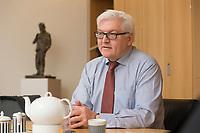 15 JAN 2013, BERLIN/GERMANY:<br /> Frank-Walter Steinmeier, SPD Fraktionsvorsitzender, waehrend einem Interview, in seinem Buero, Jakob-Kaiser-Haus, Deutscher Budnestag<br /> IMAGE: 20130115-01-013<br /> KEYWORDS: B&uuml;ro
