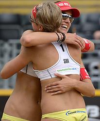 16-07-2014 NED: FIVB Grand Slam Beach Volleybal, Apeldoorn<br /> Poule fase groep G vrouwen - Tanja Goricanec (1), Tanja Huberli (2) SUI