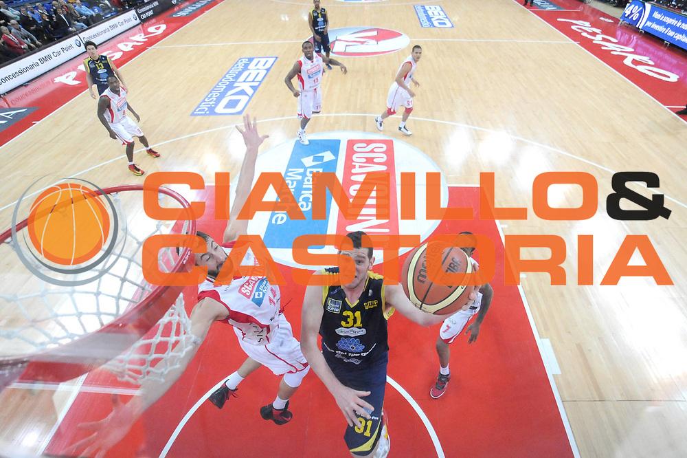 DESCRIZIONE : Pesaro Lega A 2012-13 Scavolini Banca Marche Pesaro Sutor Montegranaro<br /> GIOCATORE : Valerio Amoroso<br /> CATEGORIA : tiro special<br /> SQUADRA : Sutor Montegranaro<br /> EVENTO : Campionato Lega A 2012-2013 <br /> GARA : Scavolini Banca Marche Pesaro Sutor Montegranaro<br /> DATA : 30/12/2012<br /> SPORT : Pallacanestro <br /> AUTORE : Agenzia Ciamillo-Castoria/C.De Massis<br /> Galleria : Lega Basket A 2012-2013  <br /> Fotonotizia : Pesaro Lega A 2012-13 Scavolini Banca Marche Pesaro Sutor Montegranaro<br /> Predefinita :