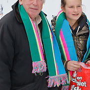 NLD/Amsterdam/20111119 - Premiere Happy Feet 2, Hero Muller en kleindochter