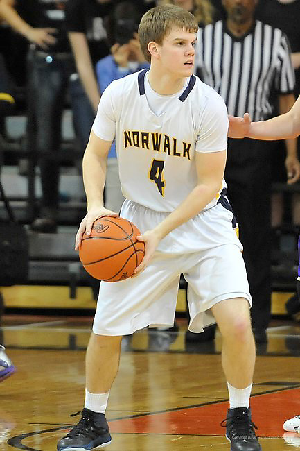 Vermilion High School vs Norwalk High School boys varsity basketball on March 13, 2014. Images © David Richard and may not be copied, posted, published or printed without permission.