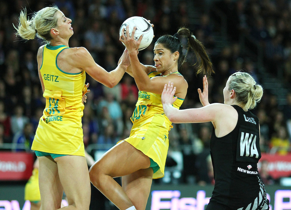 Australias' Laura Geitz collides with  Mo'onia Gerrard against New Zealand in the New World netball series test match, Vector Arena, Auckland, New Zealand, Thursday, September 20, 2012. Credit:SNPA / Dianne Manson.