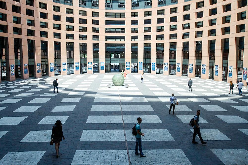Strasbourg 02 July 2014 <br /> <br /> Views inside the European Parliament in Strasbourg<br /> Pix : ...<br /> <br /> Cr&eacute;dit S&eacute;bastien Pirlet / Isopix