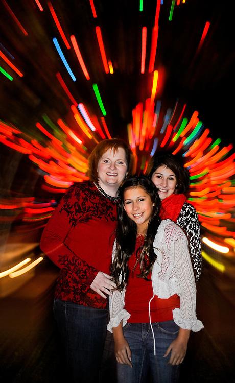 12/7/11 9:23:59 PM --  Medrano family photo shoot. December 7, 2011. Photo©Bahram Mark Sobhani
