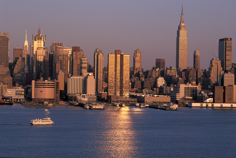 Midtown Manhattan and Hudson River, evening light, New York, New York, USA