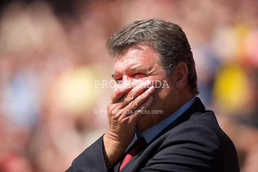 Cardiff, Wales - Saturday, June 2, 2007: Wales' manager John Toshack before the UEFA Euro 2008 Qualifying Group D match against Czech Republic at the Millennium Stadium. (Pic by David Rawcliffe/Propaganda)