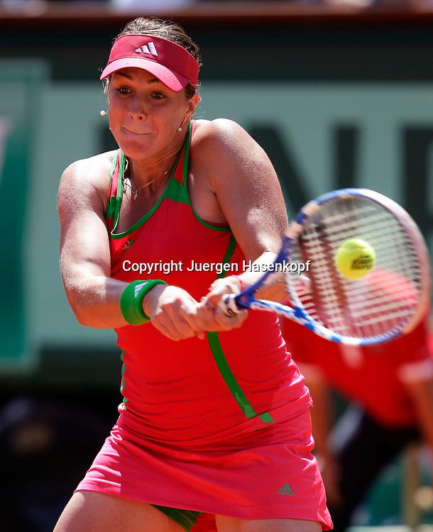 French Open 2011, Roland Garros,Paris,ITF Grand Slam Tennis Tournament, Anastasia Pavlyuchenkova (RUS), Einzelbid, Aktion