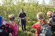 Marit Østby Nilsen informerer om hva et verneområde er. Sylan er fredet som landskapsvernområde.