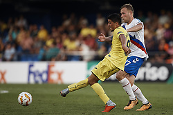 September 20, 2018 - Vila-Real, Castellon, Spain - Pablo Fornals (L) of Villarreal CF competes for the ball with Scott Arfield of Rangers during the UEFA Europa League group G match between Villarreal CF and Rangers at Estadio de la Ceramica on September 20, 2018 in Vila-real, Spain  (Credit Image: © David Aliaga/NurPhoto/ZUMA Press)