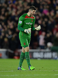 Southampton's Fraser Forster celebrates his teams goal. - Photo mandatory by-line: Alex James/JMP - Mobile: 07966 386802 - 20/12/2014 - SPORT - Football - Southampton  - St Mary's Stadium - Southampton  v Everton - Football