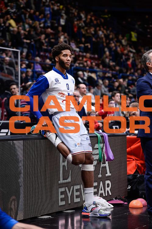 DESCRIZIONE : Milano Lega A 2015-16 <br /> GIOCATORE : Adrian Banks<br /> CATEGORIA : Pre Game<br /> SQUADRA : Enel Brindisi<br /> EVENTO : Campionato Lega A 2015-2016<br /> GARA : Olimpia EA7 Emporio Armani Milano Enel Brindisi<br /> DATA : 20/12/2015<br /> SPORT : Pallacanestro<br /> AUTORE : Agenzia Ciamillo-Castoria/M.Ozbot<br /> Galleria : Lega Basket A 2015-2016 <br /> Fotonotizia: Milano Lega A 2015-16