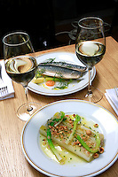 La Bourse et La Vie-mackerels and leeks, white wine