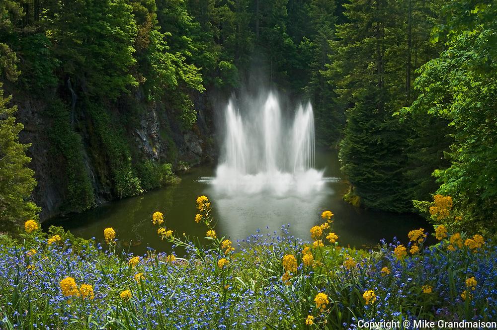 Fountain in Butchart Gardens<br /> Victoria<br /> British Columbia<br /> Canada