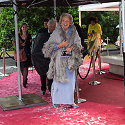 NLD/Amsterdam/20140508 - Wereldpremiere Musical Anne, Mevrouw van Loon Labouchere  en Cees Dam