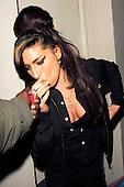 EDBIMAGEARCHIVE-JGKN-AMY WINEHOUSE SOHO LONDON-23 PICS-02-02-2010