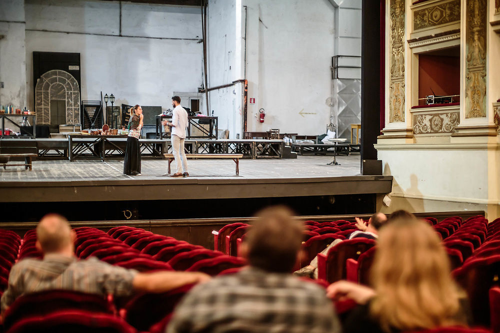 """12 SEP 2015 - Spoleto (PG) - Teatro Nuovo Gian Carlo Menotti: prove della produzione del Teatro Lirico Sperimentale di Spoleto """"A. Belli"""" de  """"La Bohème"""" di G. Puccini, in scena da martedì 22 fino a domenica 27 settembre 2015. Nadyna Calistru (soprano – interpreterà Mimì) con Davide Finotti (Maestro collaboratore)."""