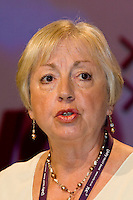 Lesley Auger, NUT, speaking at the TUC, Brighton 2007...© Martin Jenkinson, tel 0114 258 6808 mobile 07831 189363 email martin@pressphotos.co.uk. Copyright Designs & Patents Act 1988, moral rights asserted credit required. No part of this photo to be stored, reproduced, manipulated or transmitted to third parties by any means without prior written permission